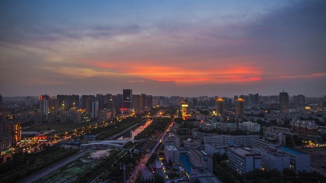 郑州gdp排名_青岛郑州长沙GDP相近,比拼企业实力,想不到它的上市公司这么多