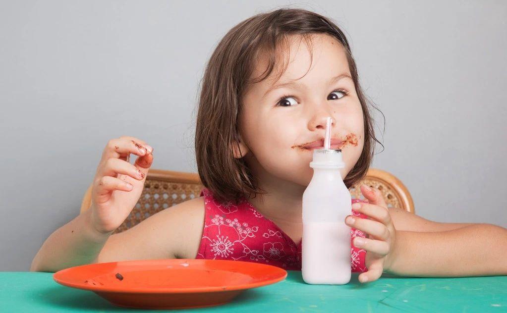 不吃糖的孩子也会满嘴蛀牙!宝妈可别忽视这些原因