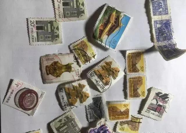 爷爷留下的旧邮票和硬分币还有收藏价值吗?