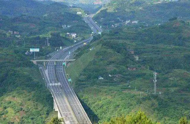 高规格 璧山将提前规划建设临空经济区综合交通体系
