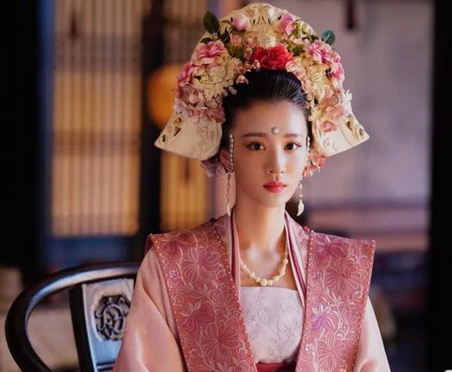 《清平乐》热播楚然演技遭热议 她要火了?