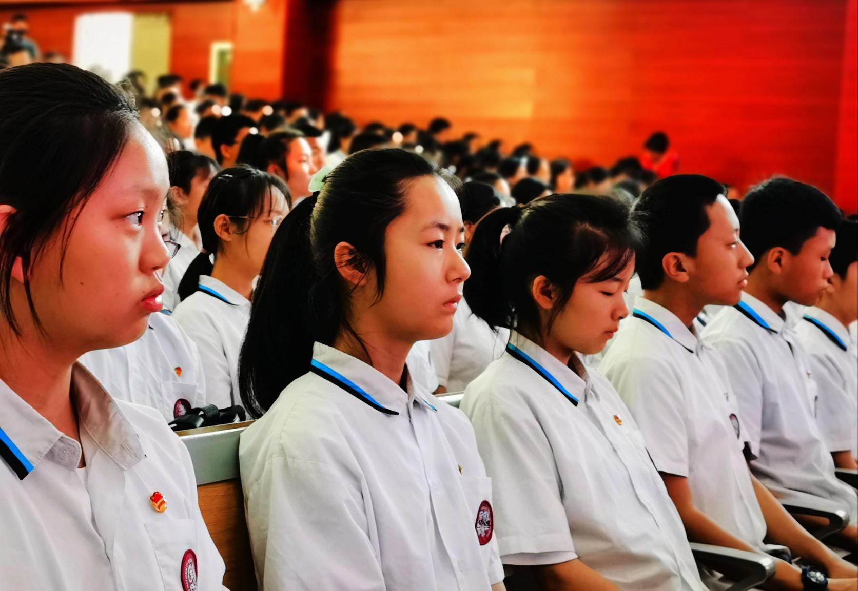 怒江州民族中学携手云南传统蒙学研究会举行教学实践基地揭牌仪式插图(10)