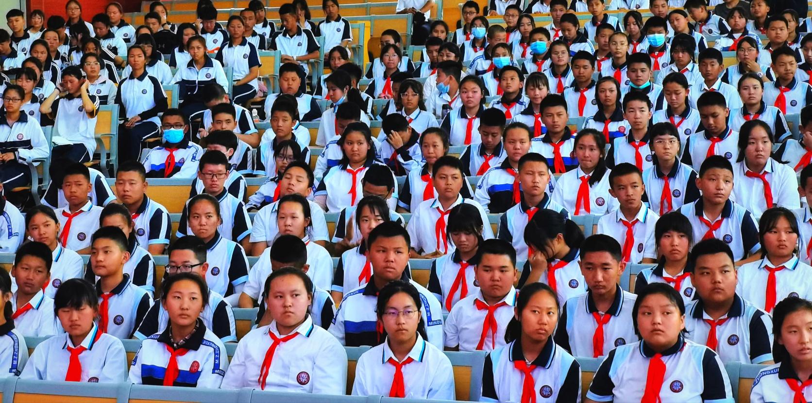 怒江州民族中学携手云南传统蒙学研究会举行教学实践基地揭牌仪式插图(8)