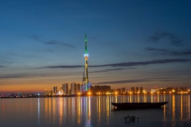 临沂人均gdp_2020年山东各市七普人口和人均GDP,青岛突破1000万人!