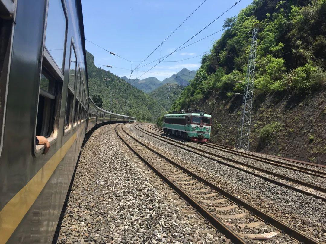 邯郸新增一趟新高铁!一路风景美到爆,暑假走起