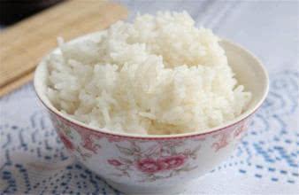 吃米饭和吸烟危害一样大?经常吃会致癌?用几招健康吃没风险