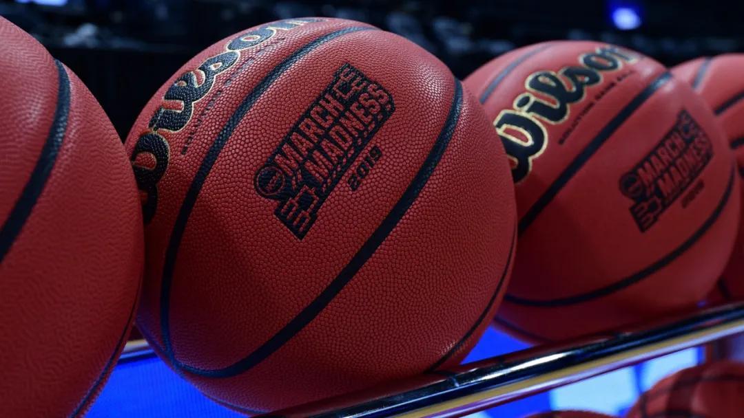 重磅!NBA更换竞赛用球!38年合作伙伴解约!杜兰特爆粗回应