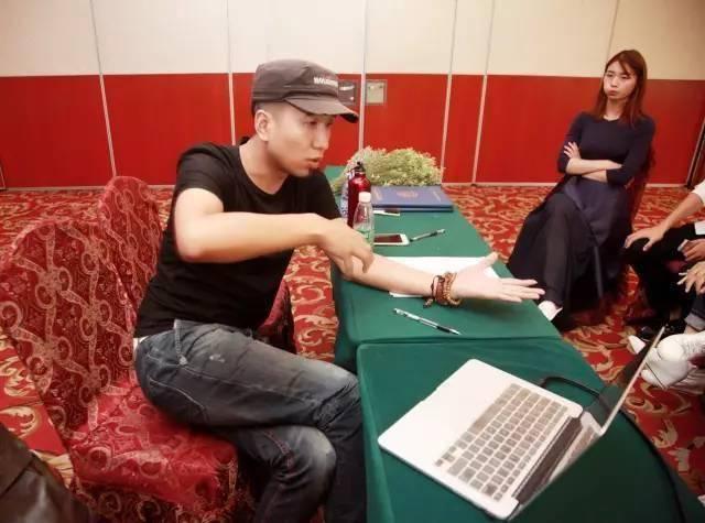 完美的模特师资班-中国时尚界著名导演张华先生亲自授课-cctv时尚中