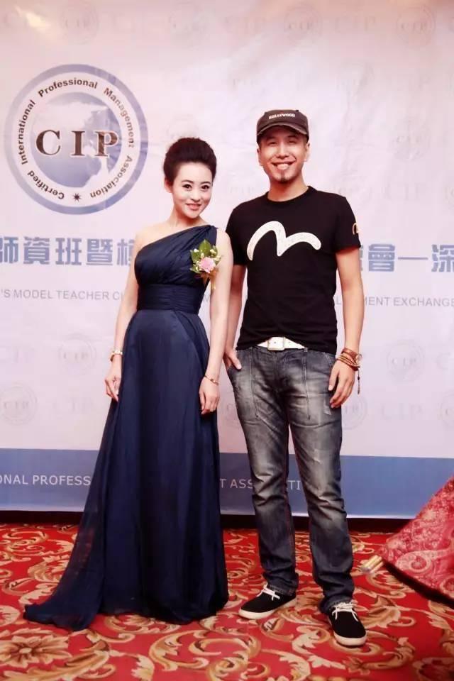 完美的模特师资班-中国时尚界著名导演张华先生亲自-_