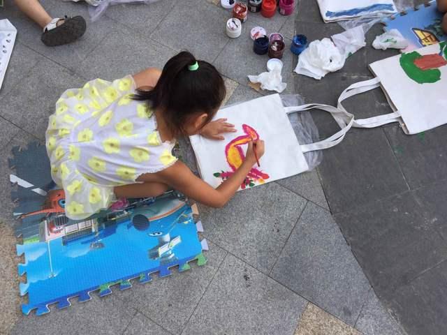 diy手绘帆布包——让孩子把创意和才华背出门