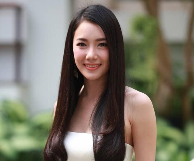 第四位:noon,泰国胜狮啤酒的老板娘,广告拍摄费用8百万泰铢以上图片