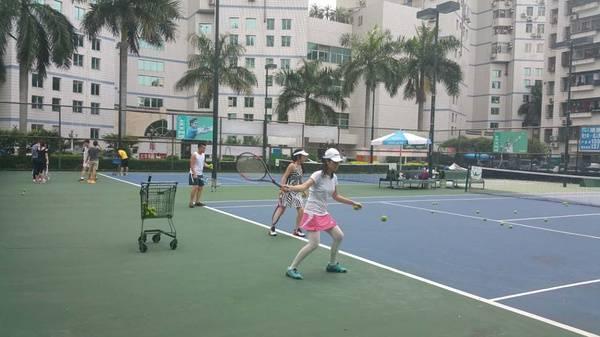 联系方式:网球qq249442795深圳网球培训qq群176135526微信号天柱山越野赛图片