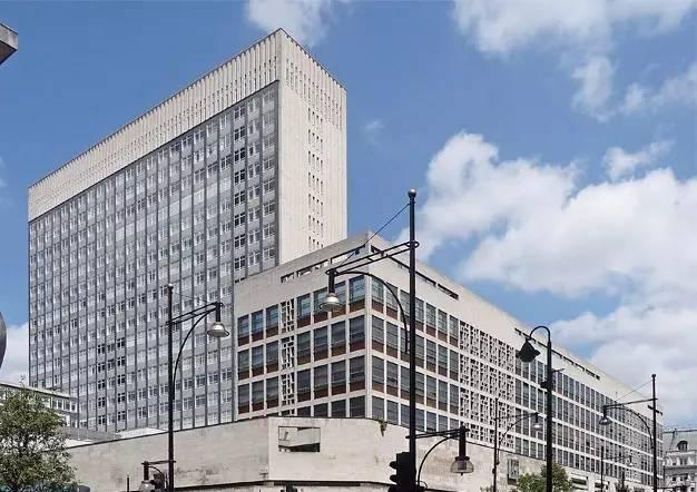 英国皇家艺术学院 & 英国伦敦时装学院《全球