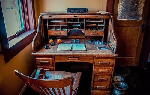 书桌设计图纸及尺寸