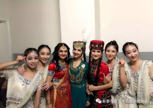 (演员)吴碧霞:中国内地著名歌唱家,下图歌剧,阴虱.教授v演员得快吗图片