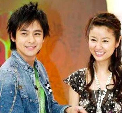 林志颖和林心如未满20岁恋爱亲密照片传出 网友:霍建华要吃醋了