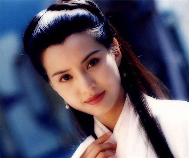 黄蓉亚洲色图_金庸武侠世界五大美女,黄蓉只能排最后