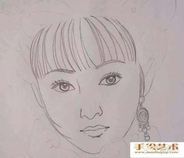 作品教程】美女人物彩铅画教程:中国古典美女头像彩色铅笔画绘画步骤
