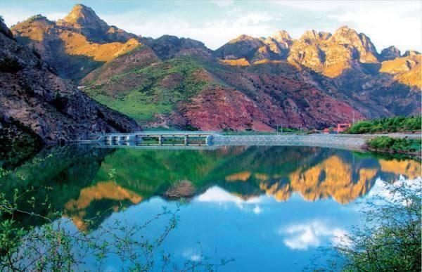 天祝三峡国家森林公园 2 黄羊河休闲农业旅游区 3 凉州植物园 4 民勤