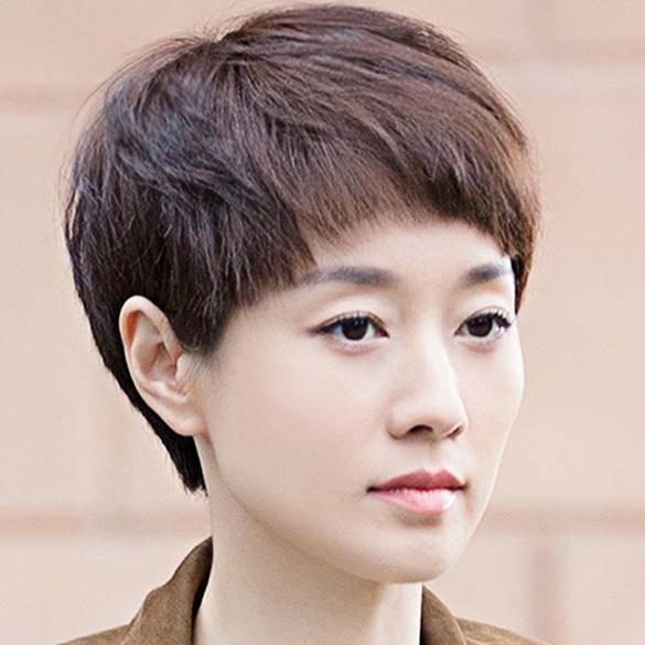 四十岁的女人该换什么发型?别太老气,这六款发型让你减龄十岁图片