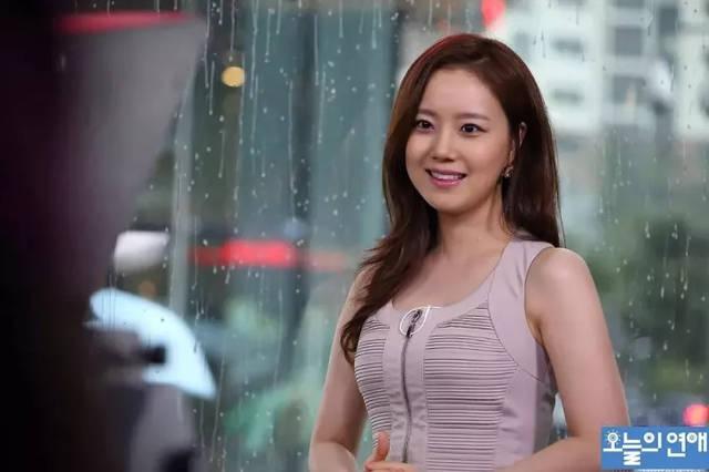 韩国电影电影爱情,略感污力的小备胎三和爱情故事《今天的观看》极乐世界喜剧免费恋爱图片