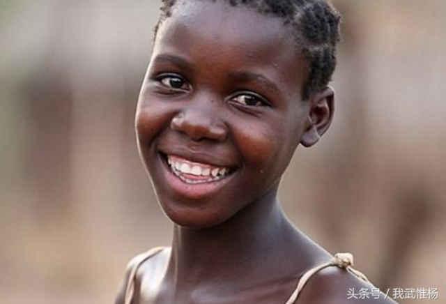一群非洲女孩的成人礼,代价惨重_手机搜狐网