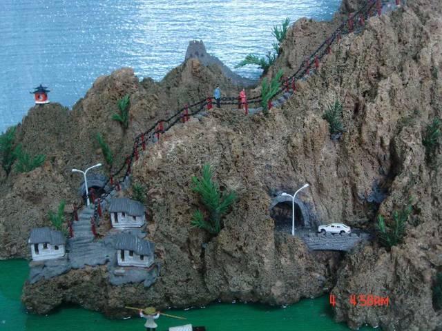 鱼菜共生之私家庭院假山鱼池设计效果图