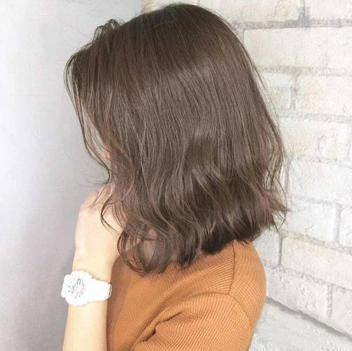 小波浪短发烫发发型五图片