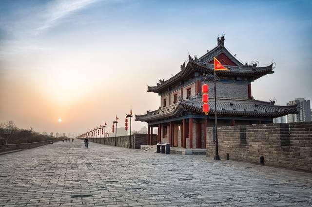 秦始皇兵马俑博物馆,陕西历史博物馆,西安城墙,大唐芙蓉园,《长恨歌》