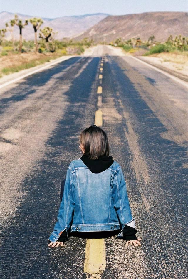 旅行路上这样拍写真,你就是公路片的主角!