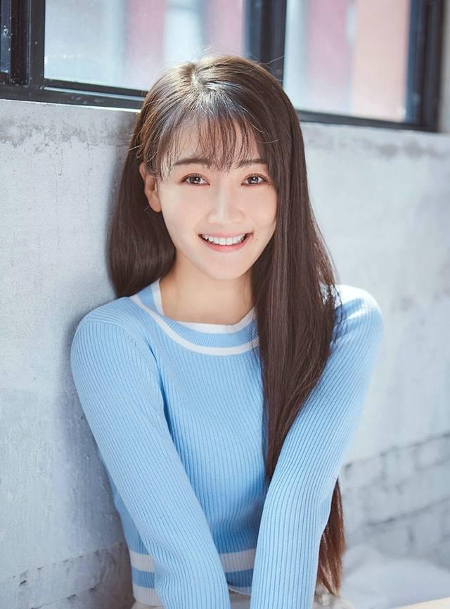 军艺美女吕艳,《致我们单纯的小美好》的李薇,清新