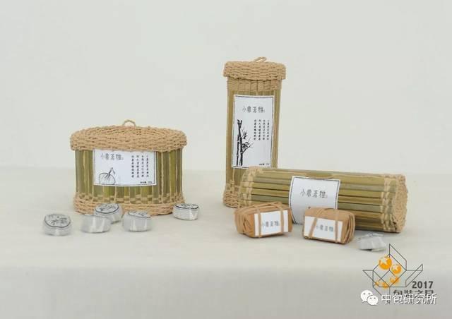 作品名称:陶瓷酒瓶包装缓冲结构设计 学生:钱琰彬