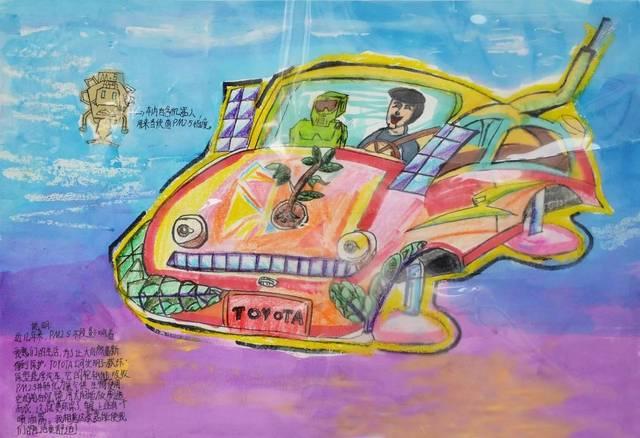 学生各显身手,一幅幅科幻画展现了一个个充满想象的世界,表达了心中对图片