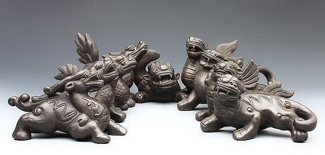 兽族的祖先毛犊本是凡间的兽类,但是到了应龙这一代,他出息了,进化成