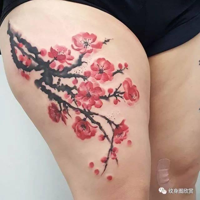 植物纹身 - 美女梅花纹身图片