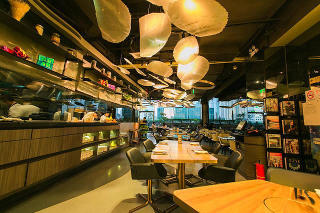 涵盖了中西式,覆盖了招牌式,囊括了全家式…… 餐厅位于芮欧百货5楼图片