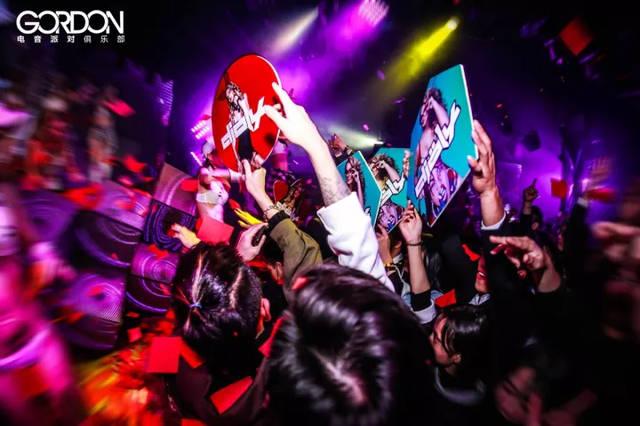 五月天色情����y�-yoly��y�_gordon电音派对俱乐部丨世界百大 top100 dj 十二月狂欢音乐节浪潮