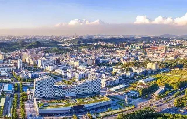 东莞厚街没什么可骄傲的 只不过是东莞乃至广东制鞋名镇而已 10个厚街图片