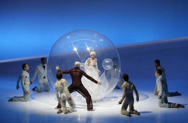 当优雅芭蕾遇上梦幻水晶球图片