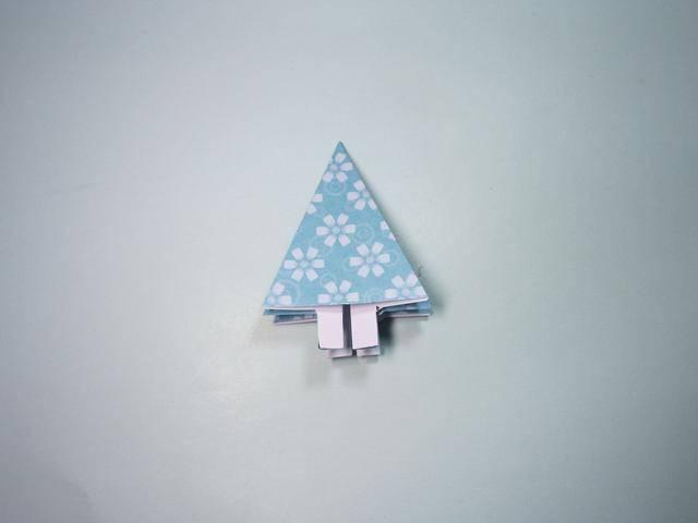 圣诞节手工折纸大全:圣诞树的折法步骤图解