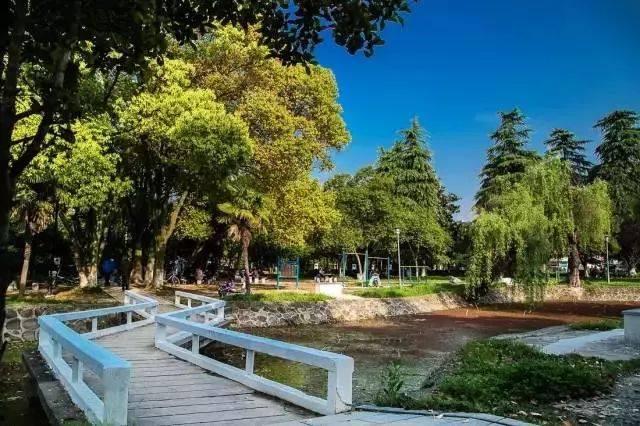 白龙湖公园 新建8个小游园 ●南通将打造途居南通开沙岛房车露营地!