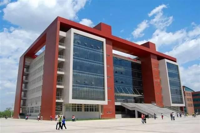 河北师范大学校园��)�f_河北民族师范学院坐落在闻名中外的世界历史文化名城--承德市,是一所
