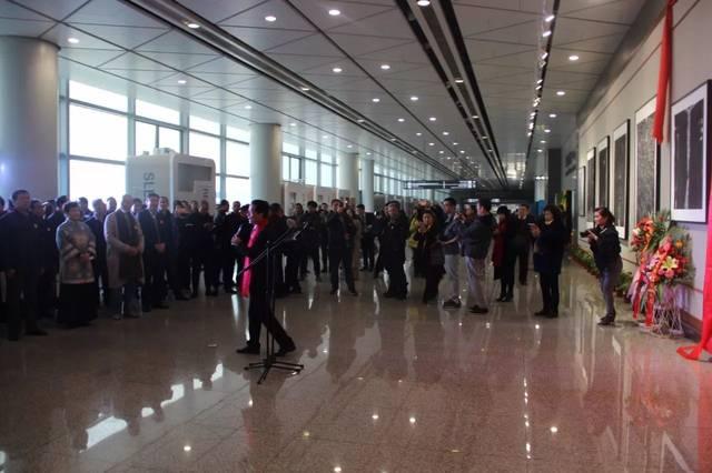 """卓信现场丨""""艺度·心境空港艺术展""""于 2017年12月26日上午在西安咸阳国际机 行业新闻 丰雄广告第2张"""