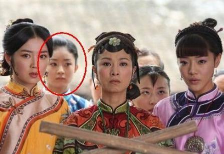 最让人尴尬的穿帮镜头,鹿晗王源露啥了,王俊凯看了都难为情!图片