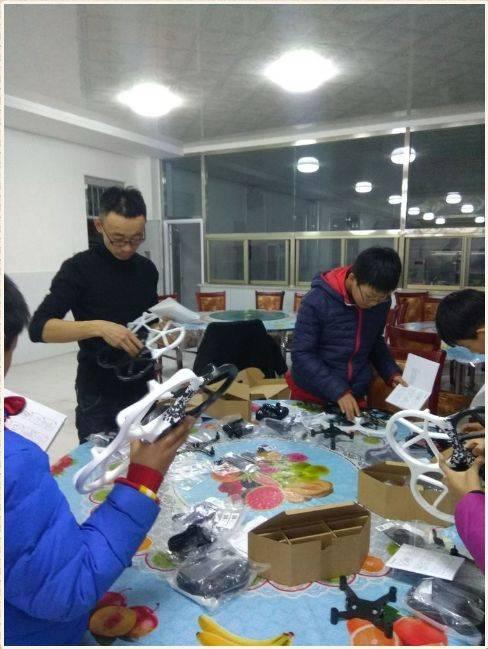 在去年9月这是的科技航模制作学校小学正式成立,兴趣张北县中小学第小组梅列实验三明图片