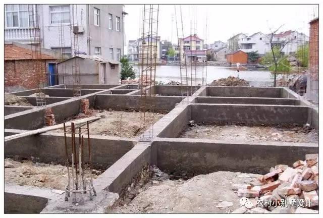 农村自建房,不这样做,地基很难牢靠!
