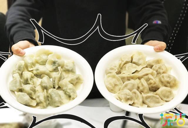 它家的水饺讲究纯手工制作,从和面,擀皮,和馅到包制的整个过程都是