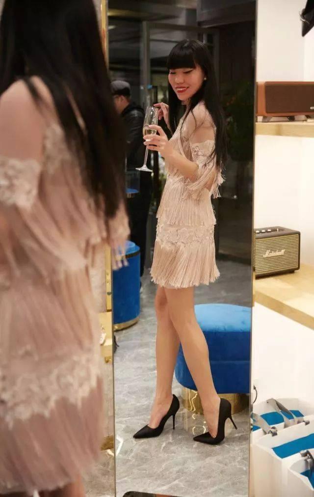 人体艺术高跟靴_想做派对女王,可是你的高跟鞋有选对吗?