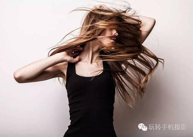 5,秀出你飘逸的头发:甩头发,没风的时候甩,风大的时候抡.图片