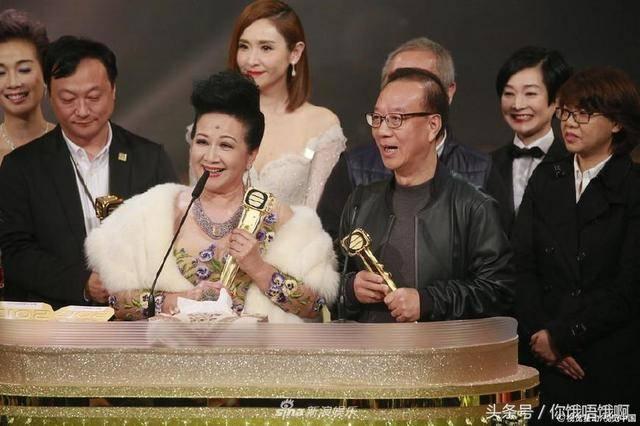 2017tvb视帝视后是王浩信和唐诗咏 其他明星的表情说明一切